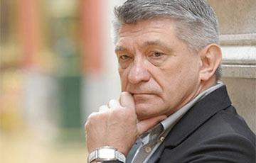 Режиссер Сокуров рассказал о «доносе» и прослушке в связи с проверкой его фонда