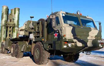 Разведка США показала спутниковые снимки российского военного наращивания в Крыму