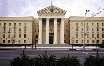 В КГБ обнаружилось большое количество нелояльных режиму сотрудников