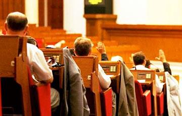 «Палаточники» отказались включать срочную службу в трудовой стаж