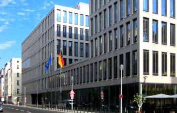 Почему в Беларуси 24 министерства, а в Германии — 14?