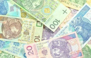 Средняя зарплата в Польше - $1356