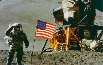 Киноэксперт: Высадка NASA на Луне не могла быть голливудским фейком