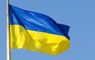 Фотофакт: Над оккупированным Крымом запестрели желто-синие флаги