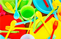В 2021 году в Беларуси запретят продажу одноразовой пластиковой посуды