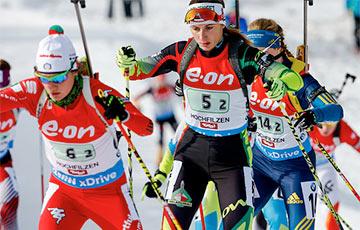 Белорусских биатлонисток сняли с дистанции в эстафете из-за слишком большого отставания