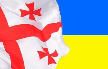 Кондолиза Райс: Украина и Грузия должны стать членами НАТО