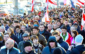 Как белорусские «тунеядцы» сопротивляются декрету Лукашенко