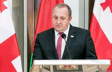 Экс-президент Грузии: Здесь, на площади – правда и сила