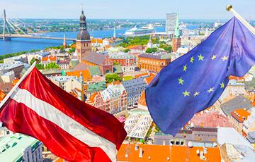 Исследование: 44% жителей Латвии относят себя к среднему классу