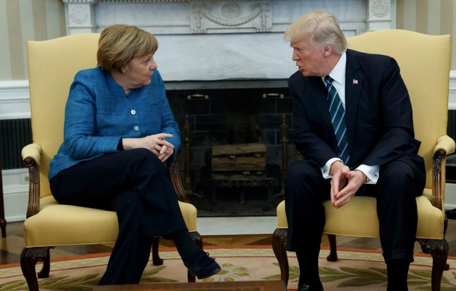 Сегодня Меркель впервый раз встретится сТрампом