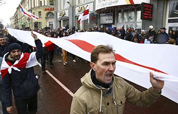Беларусы сабралі $26,5 тысяч у дапамогу героям Дня Волі