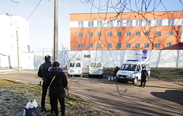 Since the Beginning of the Year, the Detention Center on Akrestsina Street Refuses to Accept Care Packages