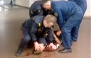 Снявшую на видео милицейский беспредел минчанку оштрафовали