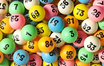 Педагогов из Витебска заставляют покупать лотерейные билеты и не только