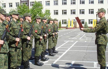 New Law On Army Draft Adopted In Belarus In First Reading