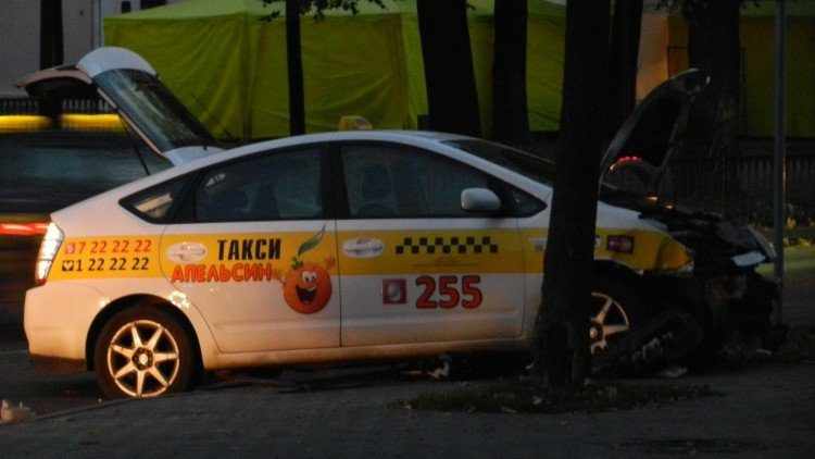 В Бресте водитель такси попал в ДТП