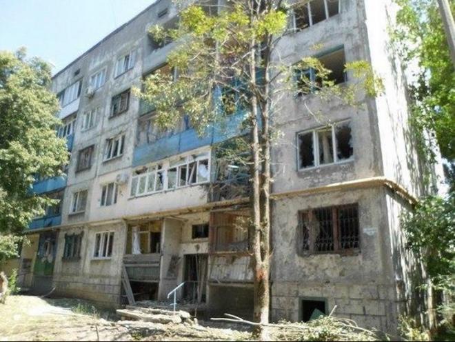 Ситуация в Первомайске сложная, горожан просят не выходить из убежищ - «Донбасс», фото-2