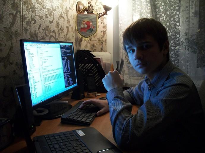 Гомельский школьник создал компьютерную игру «Мир комбайнов» Gi-9948-46310-big