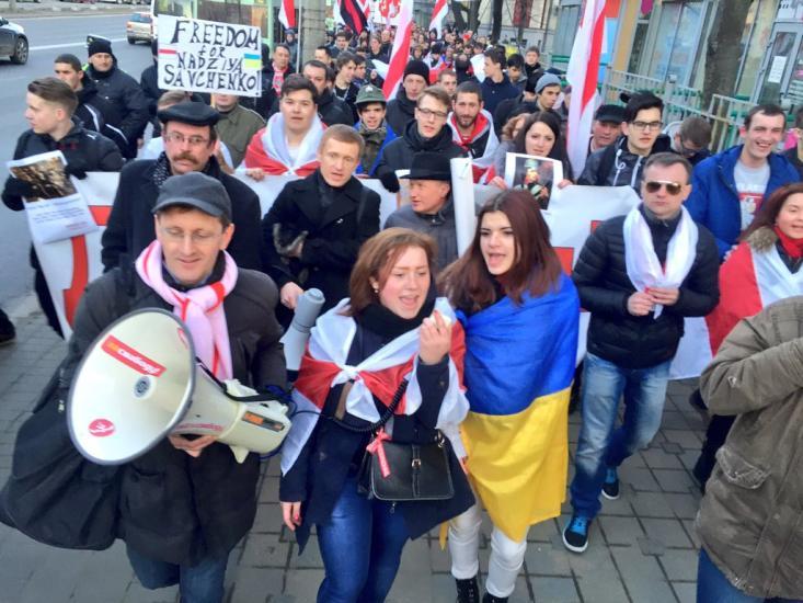 Российские власти не допустили к Савченко украинских врачей и скрывают ее реальное самочувствие, - заявление МИД - Цензор.НЕТ 7459