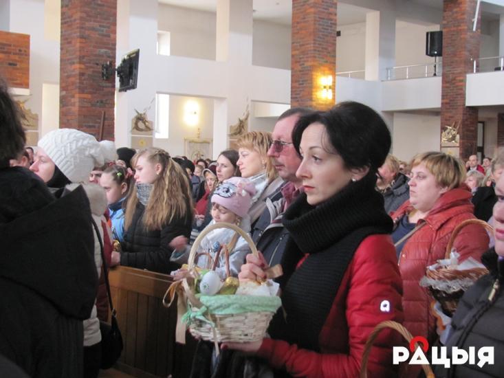 Христиане западного ритуала отмечают Великую субботу