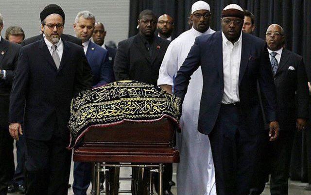 В США похоронили легендарного боксера Мохаммеда Али