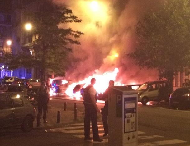 В центе Брюсселя прогремели два взрыва