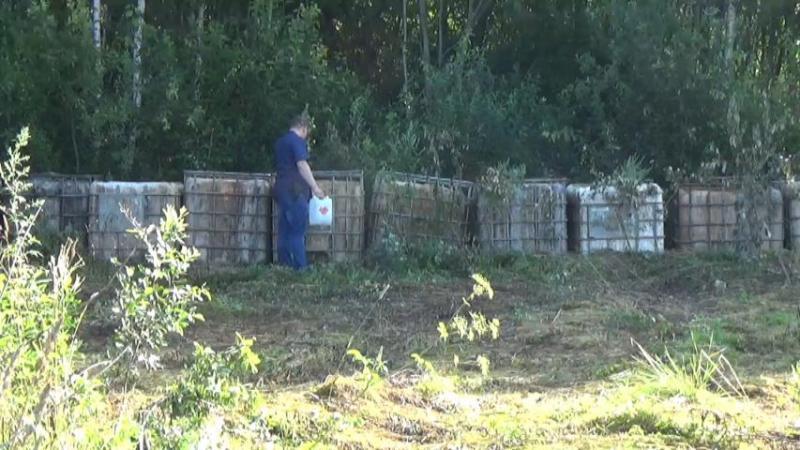 Грибник нашел в лесу 12 тысяч литров самогонной браги