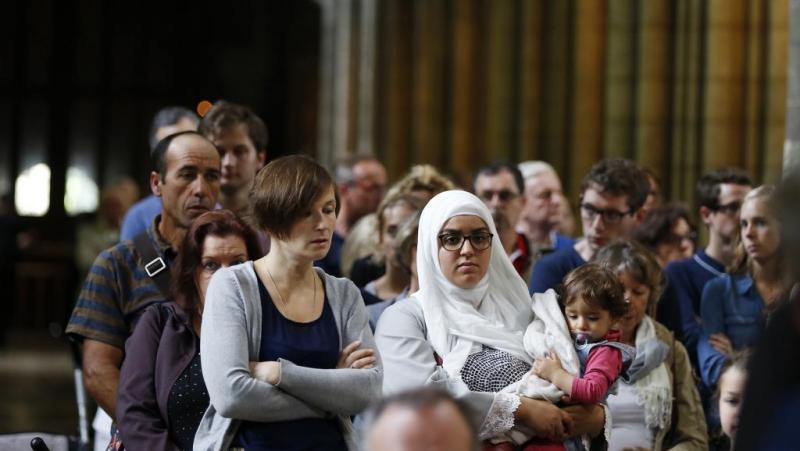 Мусульмане Франции пришли в католические храмы помолиться за убитого священника