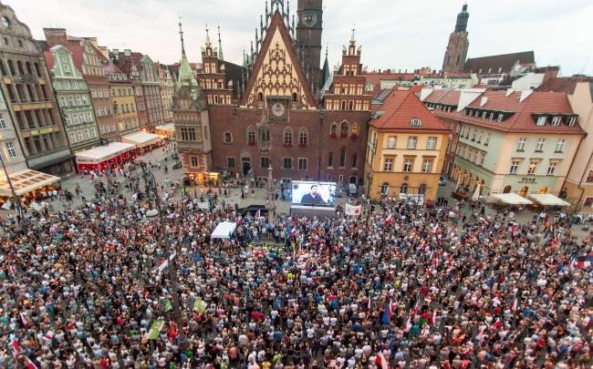 В Польше прошли митинги против судебной реформы